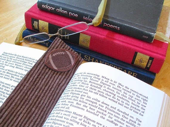 diy felt bookmark