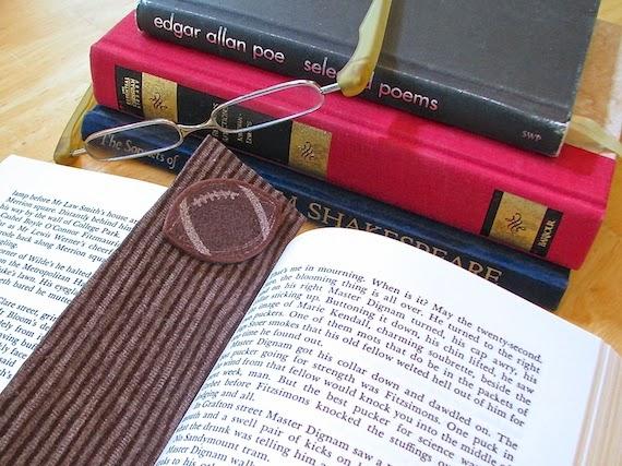 diy felt bookmark