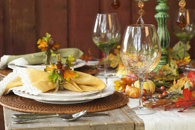 3 Easy Steps to Setting a Thanksgiving Table