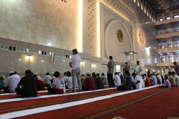 Contoh Pidato Tentang Iman, Islam, dan Ihsan