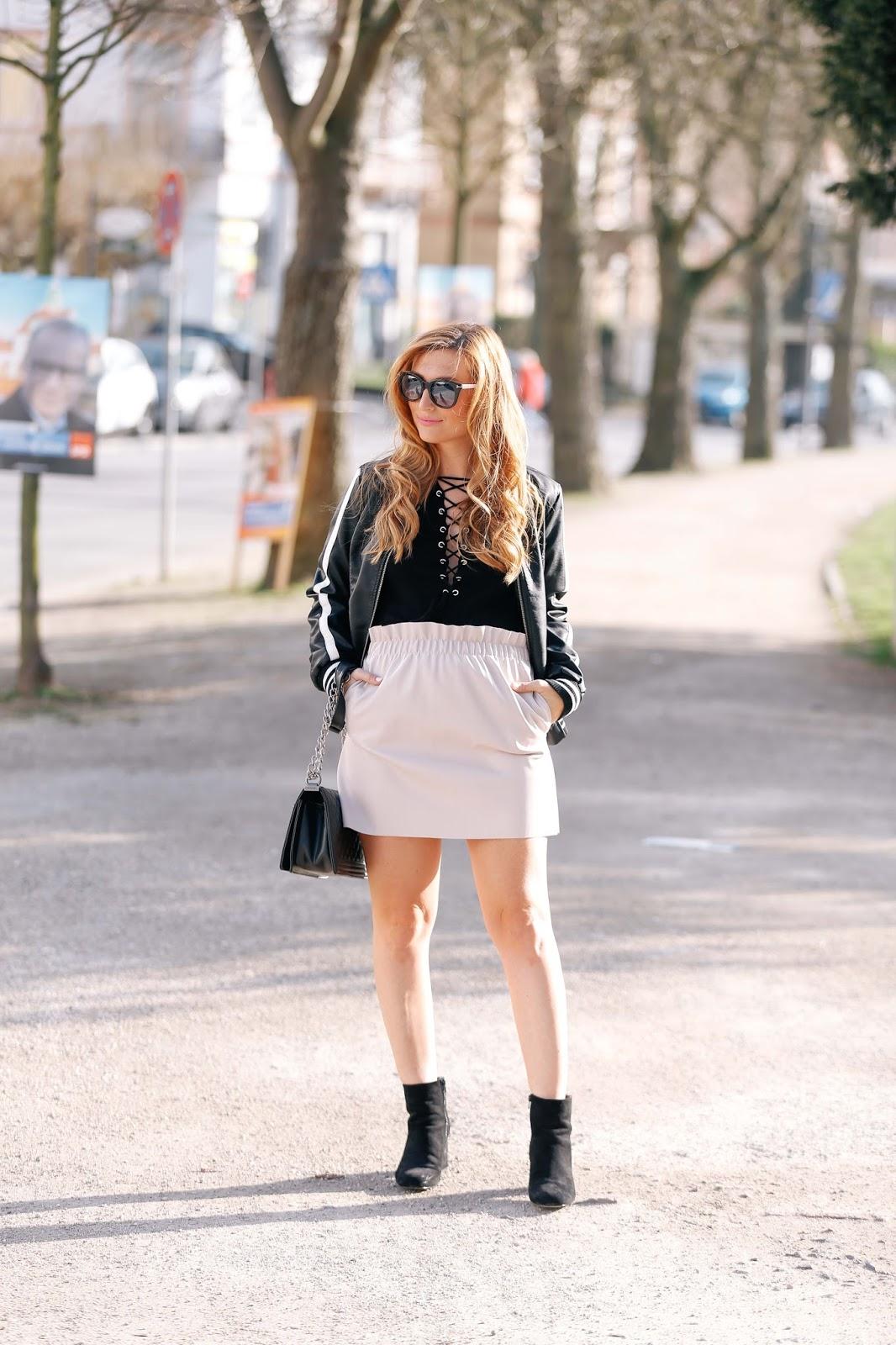 Blogger im sommerlook-fashionblogger-aus-frankfurt-zara-rock-was-ist-im-frühling-angesagt