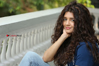 Actress Rithika Sing Latest Pos in Denim Jeans at Guru Movie Interview  0204.JPG