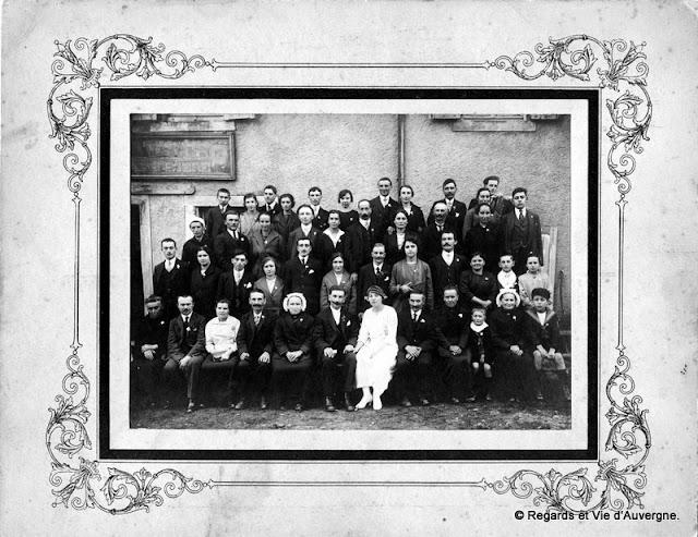 Photo de famille noir et blanc, mariage