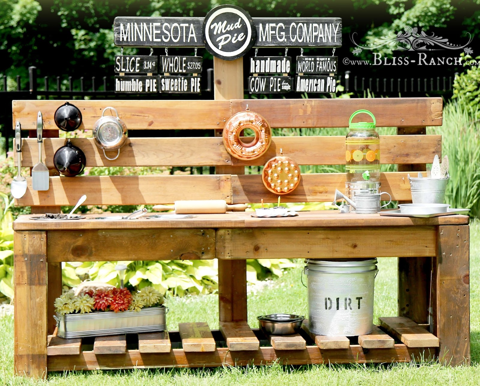 Mud Pie Station, Bliss-Ranch.com