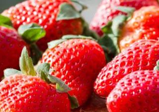 Arti Mimpi Buah Strawberry