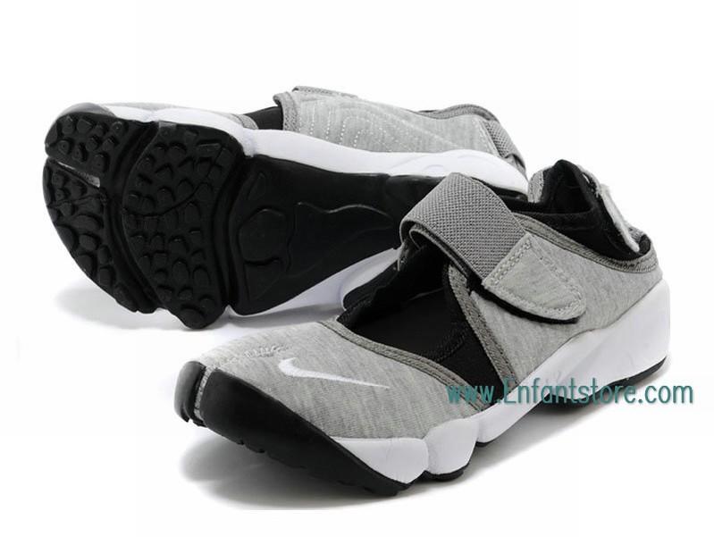 finest selection 89e73 e256a ... Nike Air sur toute la longueur de l´amorti léger. Semelle EVA d´amorti  et un meilleur ajustement et un confort. Semelle extérieure en caoutchouc  avec ...