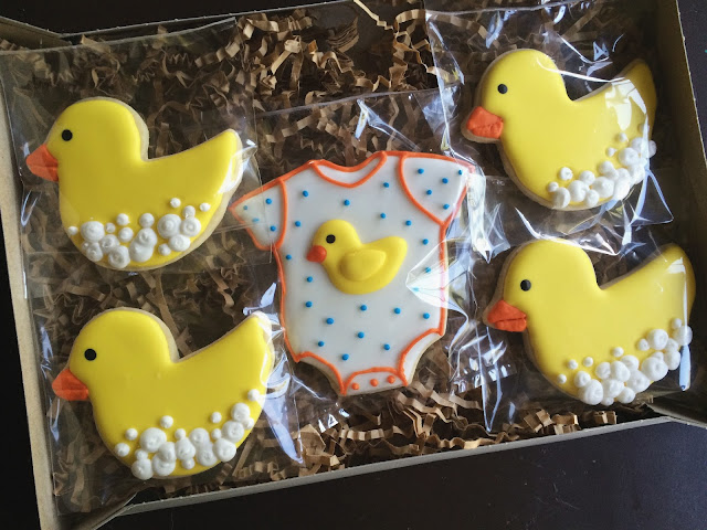 baby shower cookies by sweet jenny belle