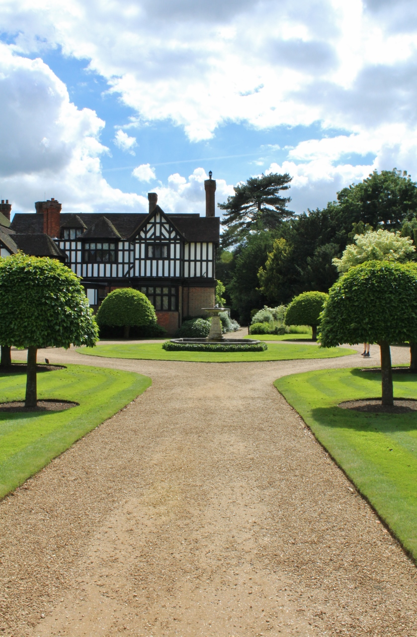 Ascott House Buckinghamshire