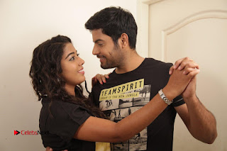 Vincent Asokan Sonia Agarwal Akhil Saran Nayana Starring Yevanavan Movie Stills  0051.jpg