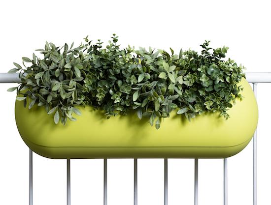balconismo design balkonkasten mit bew sserung design flowerbox design michael hilgers. Black Bedroom Furniture Sets. Home Design Ideas