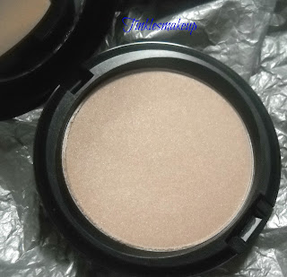 mac_faerie_whispers_beauty_powder_pearl_sunshine