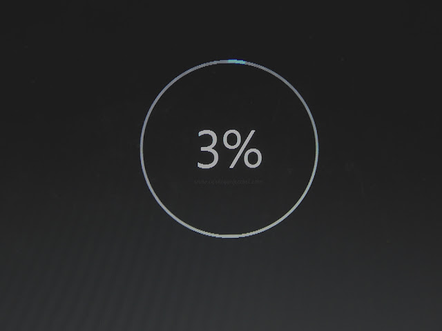 Windows 10 update 3% downloaded