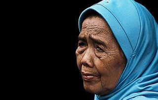 Kumpulan 25 Kata Bijak Bahasa Indonesia tentang Ibu Terbaru