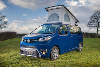 Toyota Proace Lerina (2018) Front Side - Roof Up