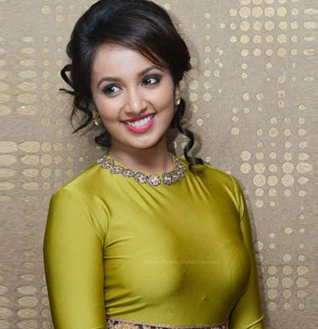 Tejaswi Madivada In Adult Movie Soggadu