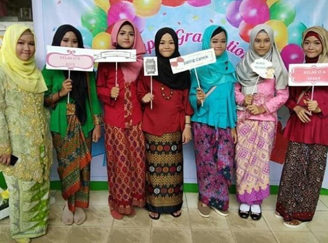 10 Baju Perpisahan Keren Untuk Sma Dan Smk Terbaru 2019 Ahsaniku
