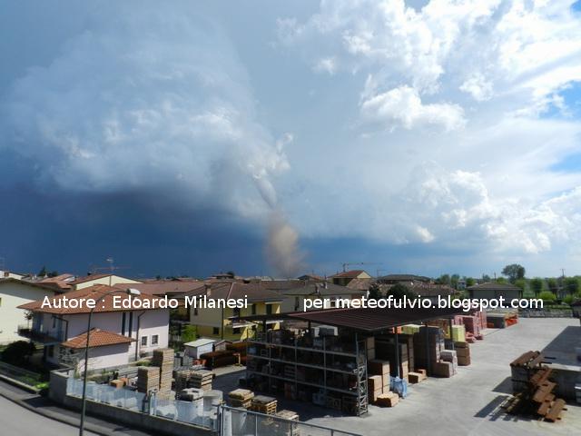 [Immagine: 08-04-2012_Super%2BCella%2Be%2BMini%2BTornado_2.jpg]