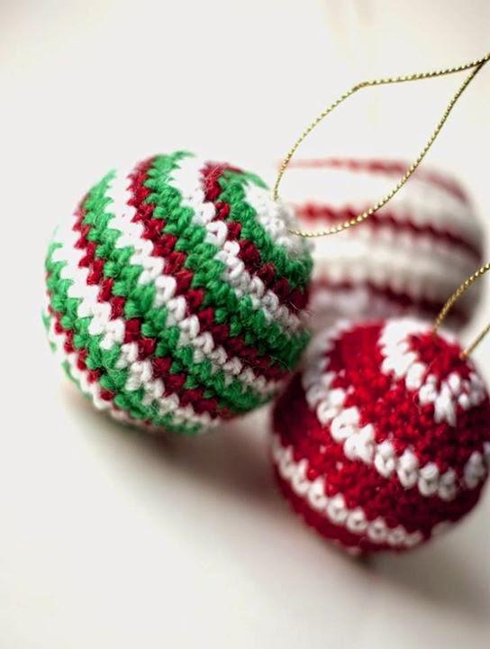 Adornos tejidos para navidad y a o nuevo angelitos for Adornos navidenos tejidos a crochet 2016