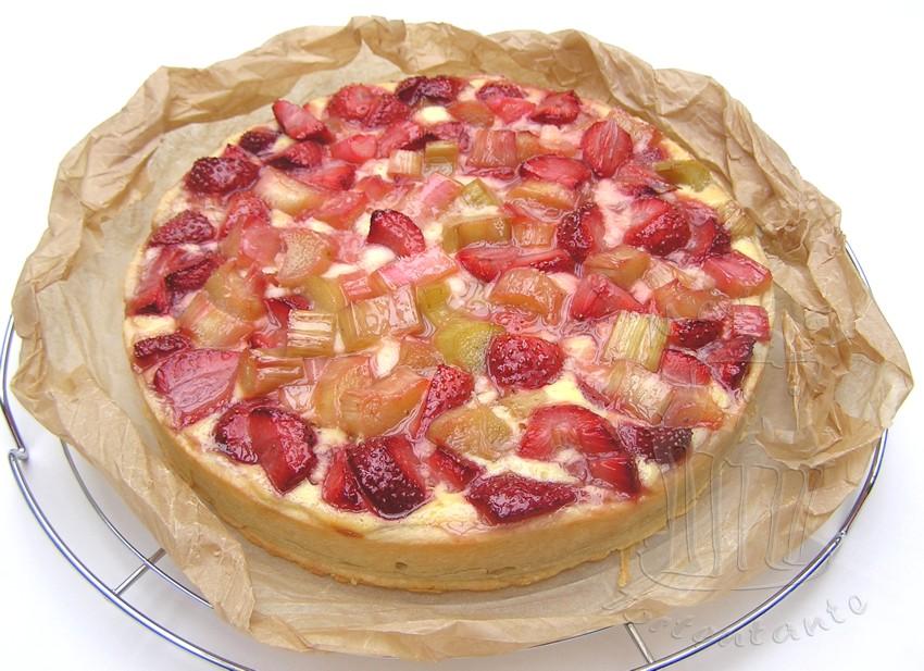 Erdbeeren Rhabarber Kuchen Quark Cheesecake strawberry rhubarb