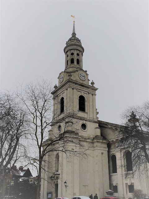 Days Out in London - Pretty Georgian Greenwich, photo by modernbricabrac, Hawksmoor St Alfege