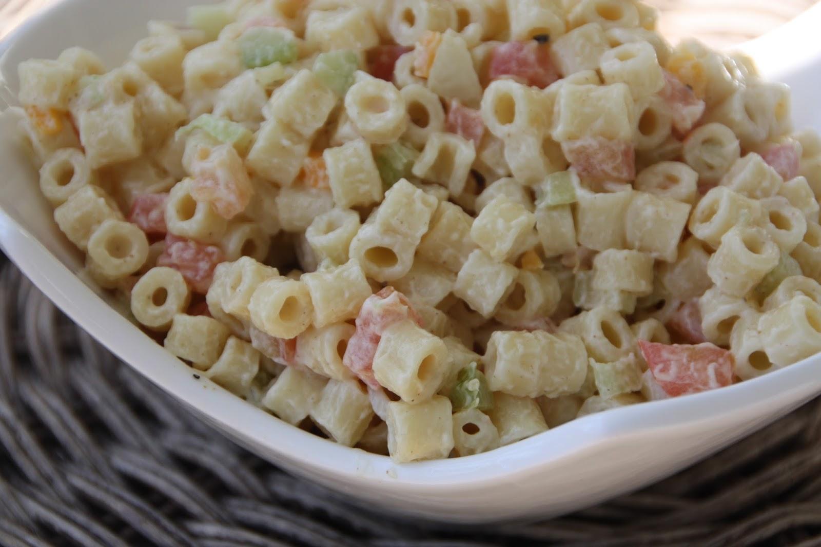 EVERYDAY SISTERS: Classic Macaroni Salad