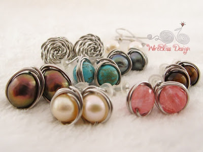You can make a pair of these wire wrapped earrings by WireBliss in 30 minutes
