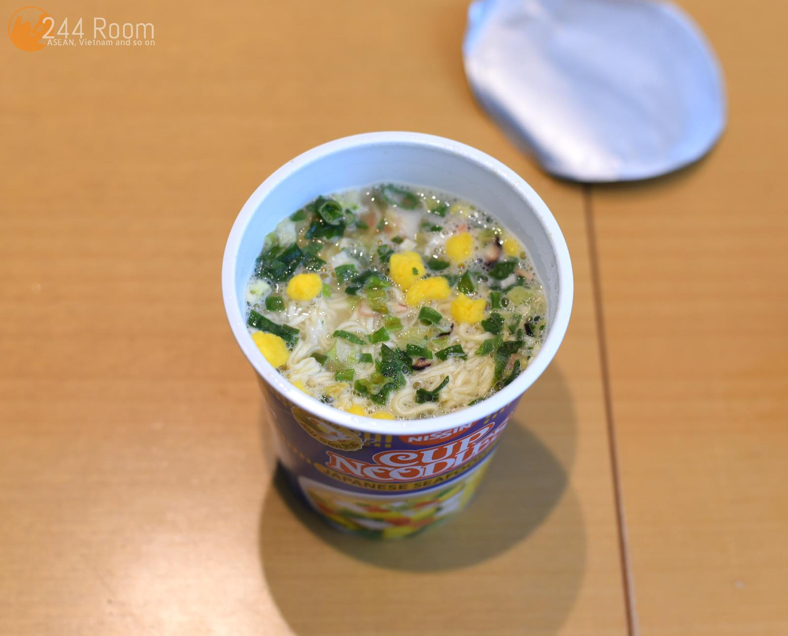 Vietnam-cupnoodles-seafood ベトナムカップヌードル5
