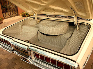 1965 Ford Thunderbird Luxury Coupe Baggage