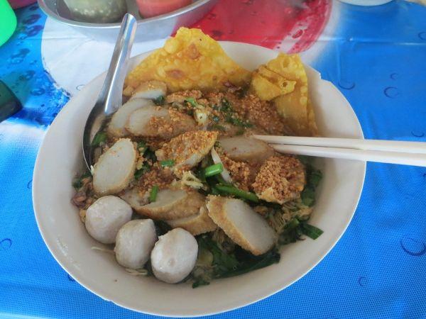 Тайская еда: вкусная рисовая лапша