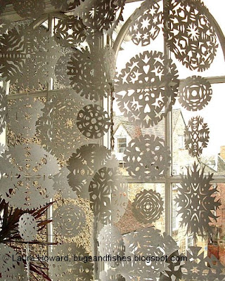 paper snowflake window curtain