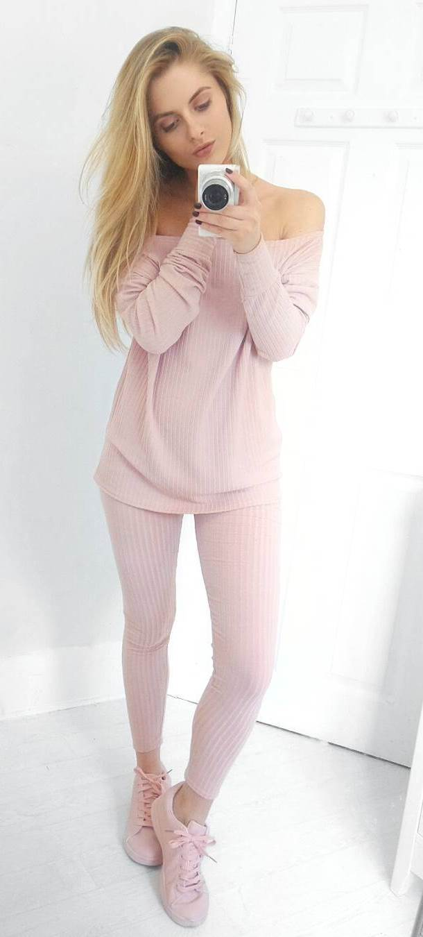 pretty cool blush outfit idea