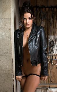 Nude Selfie - Alexandra%2BTyler-S01-003.jpg