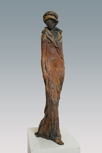 "Kieta Nuij - ""Demeter"" | imagenes de obras de arte contemporaneo tristes, esculturas bellas chidas | figurative art, sculptures | kunst"