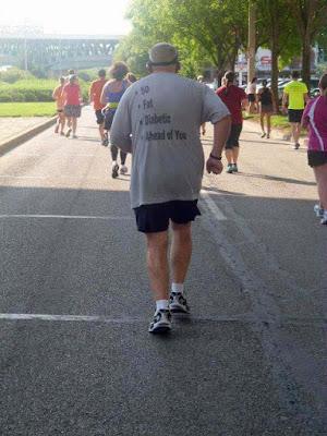 alter Mann - Spass Bilder - macht Sport - zum Joggen motivieren