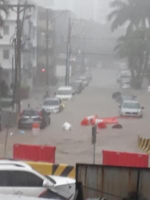 Inundaciones en Via Argentina Panamá