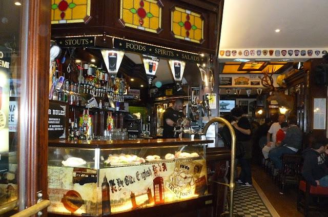 Devil's Forest Pub em Veneza