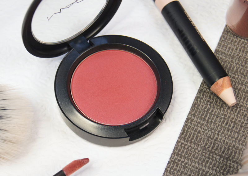 mac breezy sheertone shimmer blush review swatch perfect autumn winter blusher shade red plum toned