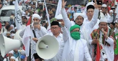 Said Aqil: Kalau Demo Jangan Pakai Gamis, Enggak Bener!