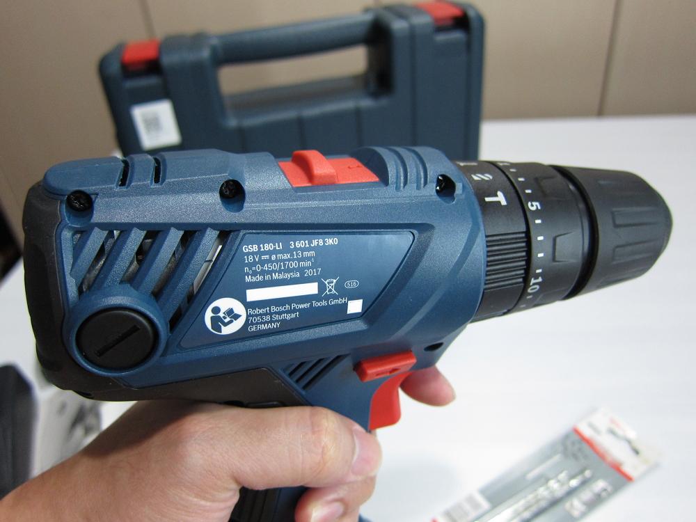 GSB: Gadgets And Stuff: Bosch GSB 180-LI Cordless Drill