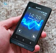 dengan memakai sistem operasi Android versi  Spesifikasi Sony Xperia Go ST27i
