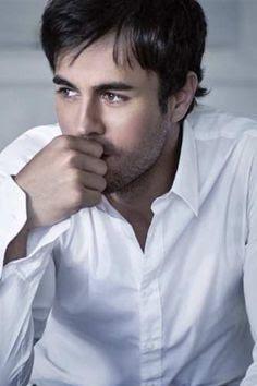 Heroes - Enrique Iglesias: testo, video e traduzione