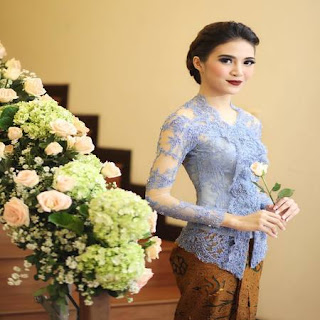 model kebaya atasan simple