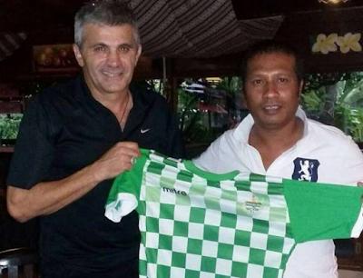 Karketu Dili FC Kontratu Treinadór Foun Troka Simon Pablo