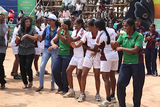 Anjali at Kabadi Match Compeion Stills Pictures (7)