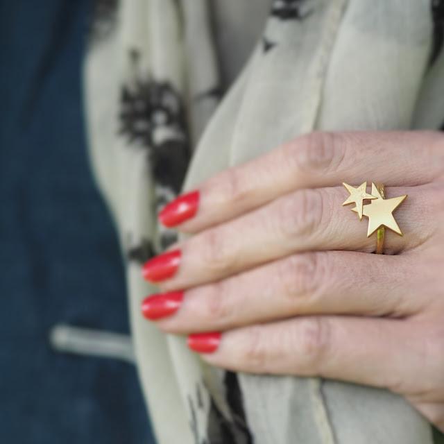 Danon jewellery gold star ring. Fashion over 40