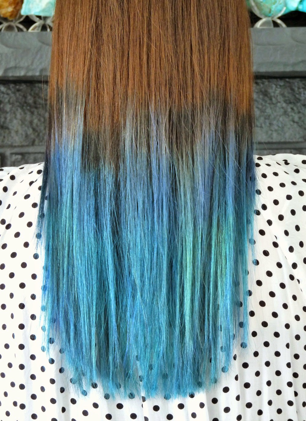 Teal and blue ombre rainbow hair on brunette
