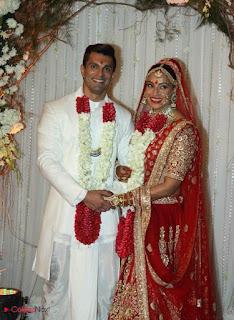 Bollywood Actress Bipasha Basu Karan Singh Wedding Pictures  0005