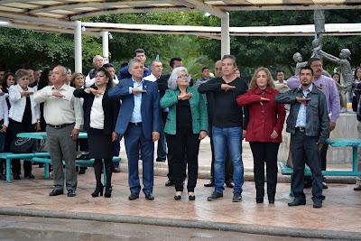 realizan honores por el 102 aniv de la constitución mexicana