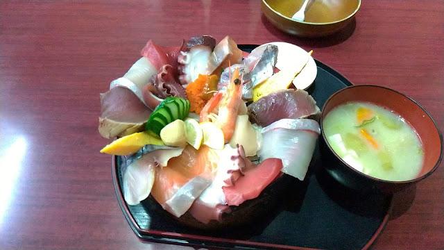 【時津グルメ】海鮮丼の 「てっぺん」