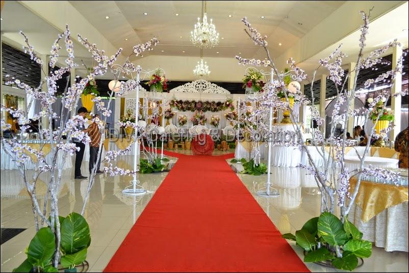 Gallery dekorasi diva catering bogor wedding planner wedding dekorasi pelaminan diva decoration di gedung zeni bogor junglespirit Gallery